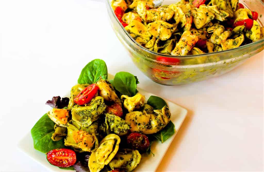 Pesto Shrimp Tortellini Salad | mamaknowsnutrition.com