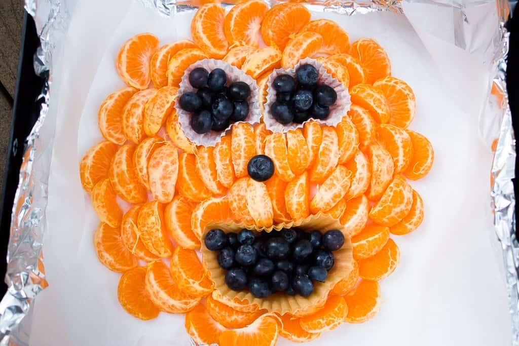 Halloween for toddlers | mamaknowsnutrition.com
